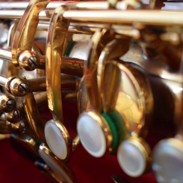 second hand instrument